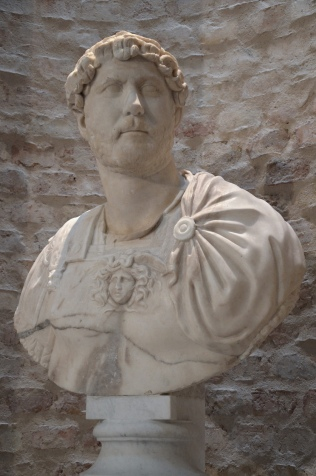 Marble bust of Hadrian with paludamentum (type: Rollockenfrisur), from Italy, Neues Museum, Berlin