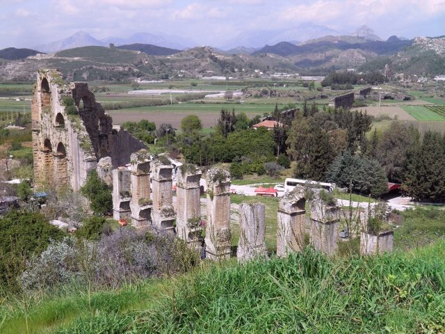 The well-preserved remains of the inverted siphon of the Roman aqueduct of Aspendos © Carole Raddato