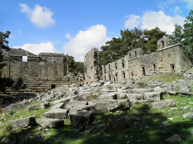 View of the two-storey Agora, Seleukeia (Lyrbe)