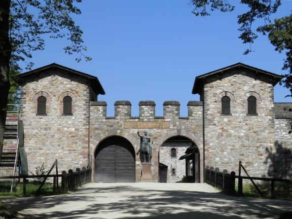 The Porta Praetoria (Main Gate), Saalburg Roman Fort