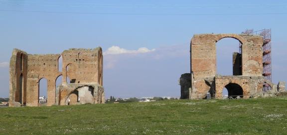 The Bath house of the Villa of the Quintili, the caldarium (right) and the frigidarium (left) © Carole Raddato