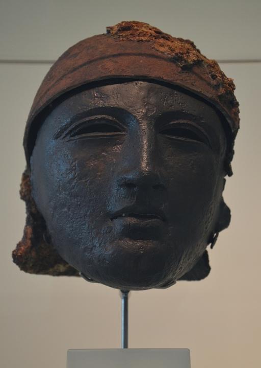 Bronze helmet with face mask, found at Noviomagus (Kops Plateau), Museum het Valkhof, Nijmegen (Netherlands) © Carole Raddato