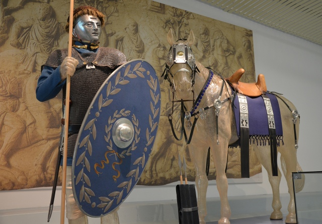 A reconstruction of a cavalryman and horse wearing pieces of display armour typical of the hippika gymnasia, Museum het Valkhof, Nijmegen (Netherlands) © Carole Raddato