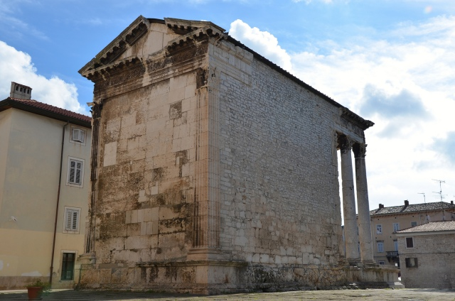 The back of the Temple of Augustus, Pula © Carole Raddato