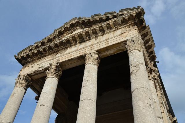 Temple of Augustus, Pula © Carole Raddato