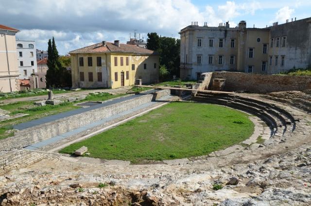 Roman Theatre, Pula © Carole Raddato
