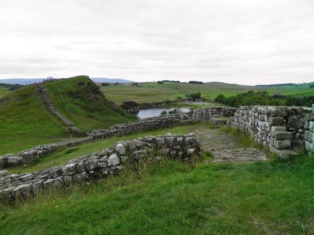 Hadrian's Wall, Milecastle 42 (Cawfields) © Carole Raddato