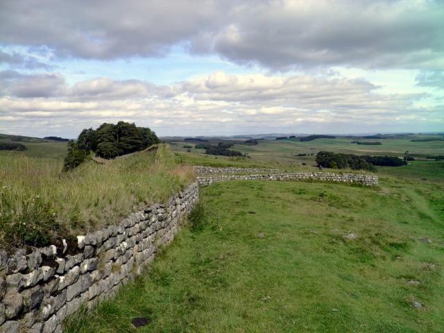 Hadrian Wall, heading towards milecastle 37 © Carole Raddato