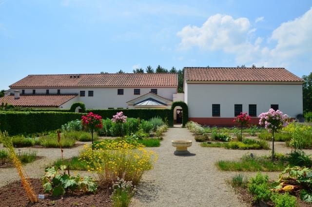 The flower garden, Villa Borg © Carole Raddato