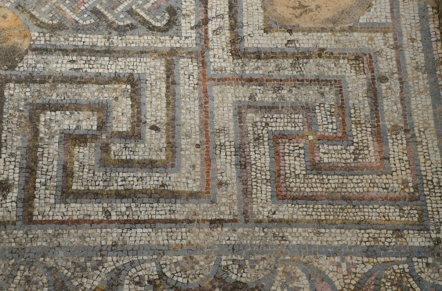 Mosaic with geometric patterns, Roman Ruins of Milreu, Estói, Portugal © Carole Raddato