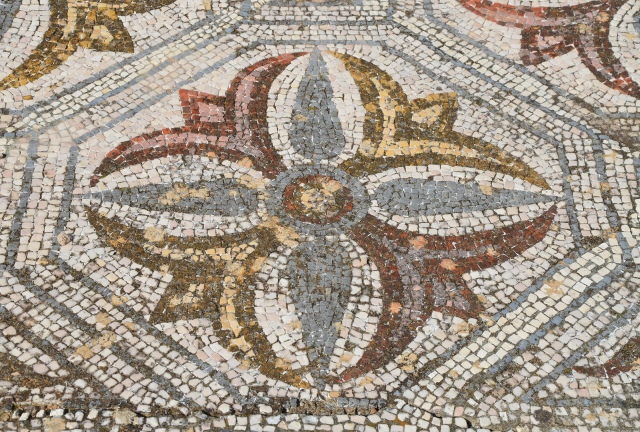 Mosaic floor with geometric and naturalistic motifs, Roman Villa of Pisões, Lusitania, Portugal © Carole Raddato
