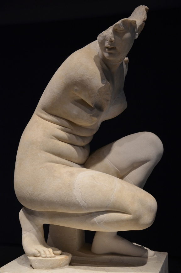 Crouching Venus, Hadrianic copy of Greek original by Doidalsas mid. 3rd century BC, from the so-called Heliocaminus Baths at Villa Adriana at Tivoli, Palazzo Massimo alle Terme, Rome © Carole Raddato