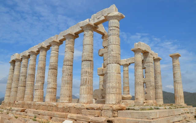Temple of Poseidon, built around 444 - 440 BC, Cape Sounion © Carole Raddato