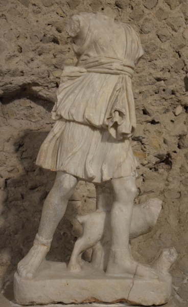 Statue of Artemis, Antiquarium of Minturnae