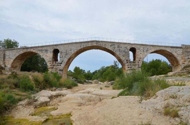 The Pont Julien, Bonnieux © Carole Raddato