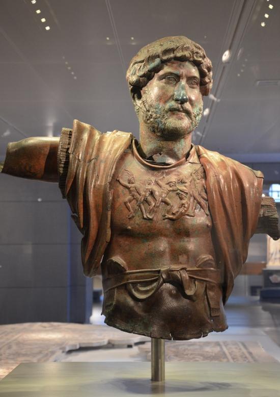 Bronze statue of Hadrian, found at the Camp of the Sixth Roman Legion in Tel Shalem, 117–138 AD, Israel Museum, Jerusalem © Carole Raddato