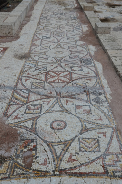 Mosaic with geometric motifs, Caesarea, Israel © Carole Raddato