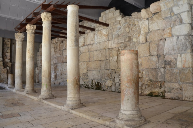Reconstructed southern section of the Cardo Maximus of Aelia Capitolina © Carole Raddato