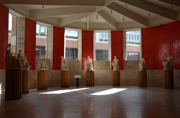 Room of the Muses showing the eight marble statues depicting seated muses that were unearthed in about 1500 at Hadrian's Villa, Tivoli © Carole Raddato