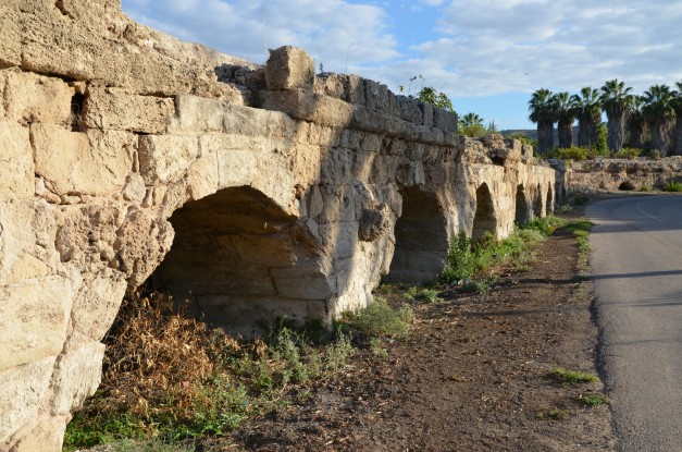 The junction of the high-level aqueduct of Caesarea at Beit Hanania © Carole Raddato