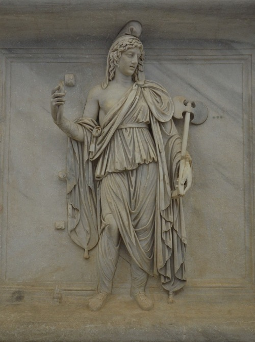 Representation of one of the Roman provinces, Phrygia or Bithinia, Naples National Archaeological Museum © Carole Raddato