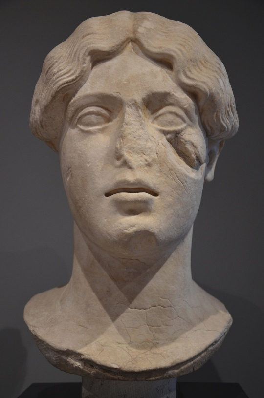 Art and sculptures from Hadrian's Villa: Marble head of a female divinity, Persephone?