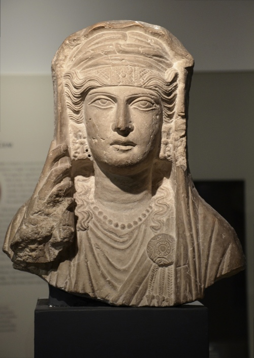 Limestone bust of a veiled woman, from a sculpture set in a tomb at Palmyra, ca. 80-100 AD Ashmolean Museum, Oxford Carole Raddato CC BY-SA