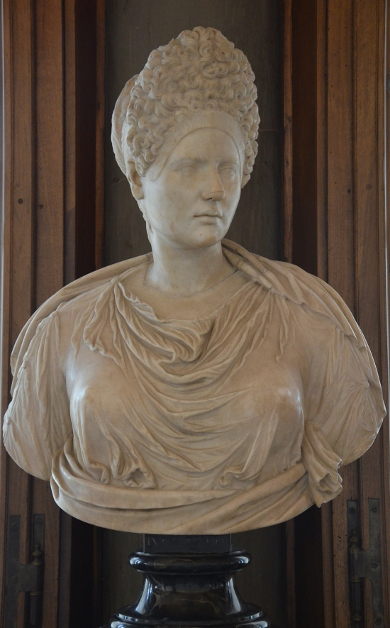 Portrait of Vibia Sabina (wife of Hadrian) with a Flavian hairstyle?, Galleria degli Uffizi, Florence