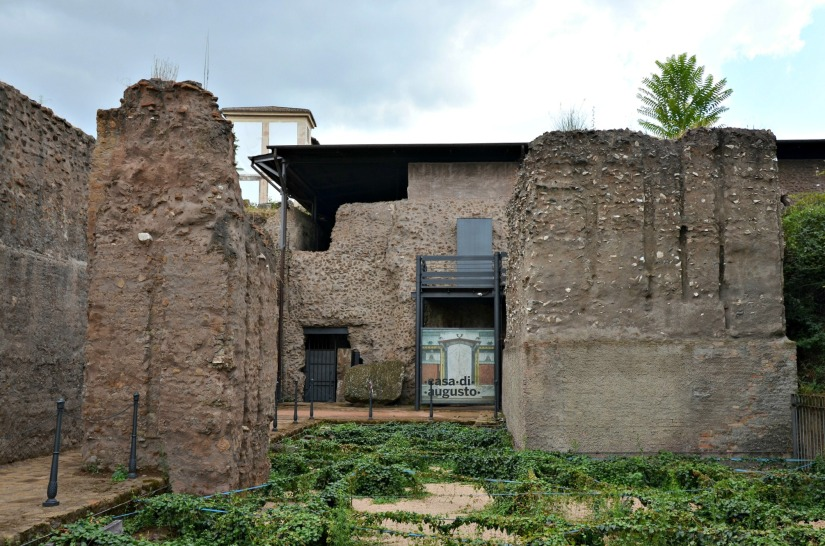 The peristyle of the House of Augustus, Palatine Hill.