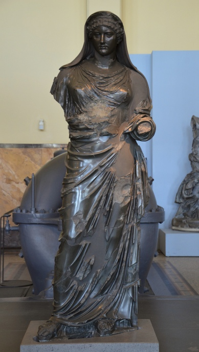 Basanite statue of Agrippina the Younger depicted as a priestess, discoverd during the escavations in 1885 of the military hospital that was build over the villa Casali, 1st century AD Centrale Montemartini, Romr