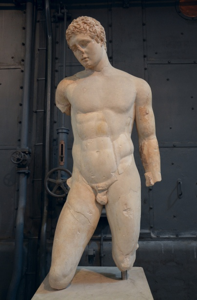 Discophoros (disk-bearer), Roman copy of a Greek original of the late Classical period attributed to Naukydes of Argos Centrale Montemartini, Rome
