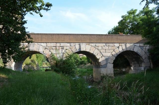 Roman bridge over the Rubicon river, Savignano sul Rubicone, Italy. Image © Carole Raddato.