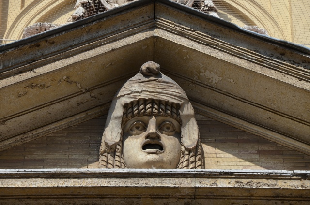 Theatrical mask from the South Theatre (Odeum) at Hadrian's Villa, female figure of tragedy wearing the onkos (topknot) and Phyrgian cap, Cortile del Belvedere, Vatican Museums. Image © Carole Raddato.