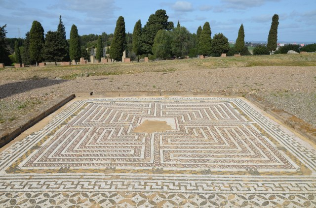 The Labyrinth Mosaic, House of Neptune, Italica. Image © Carole Raddato.