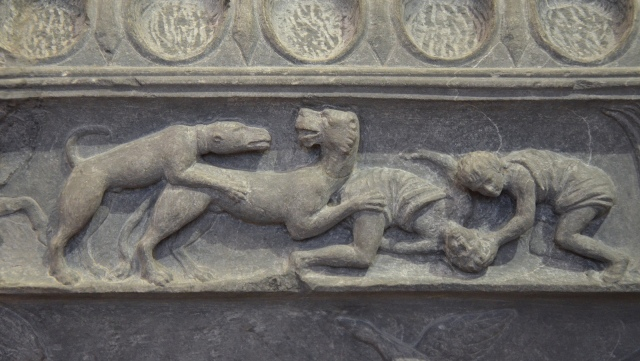 The Lansdowne relief, detail of the frieze showing scenes of hunting, found at Hadrian's Villa, 120-138 AD, Fitzwilliam Museum, Cambridge. Image © Carole Raddato.