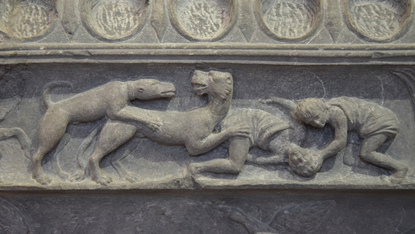 The Lansdowne relief, detail of the frieze showing scenes of hunting, found at Hadrian's Villa, 120-138 AD, Fitzwilliam Museum, Cambridge