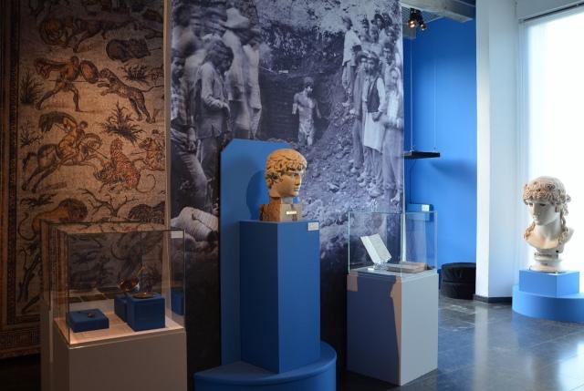 Busts of Antinous. Image © Carole Raddato. Marguerite Yourcenar et l'empereur Hadrien, une réécriture de l'Antiquité
