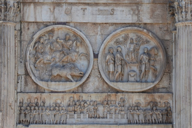 Tondi Adrianei on the Arch of Constantine, Northern side - left lateral, LEFT: Boar hunt, RIGHT: Sacrifice to Apollo