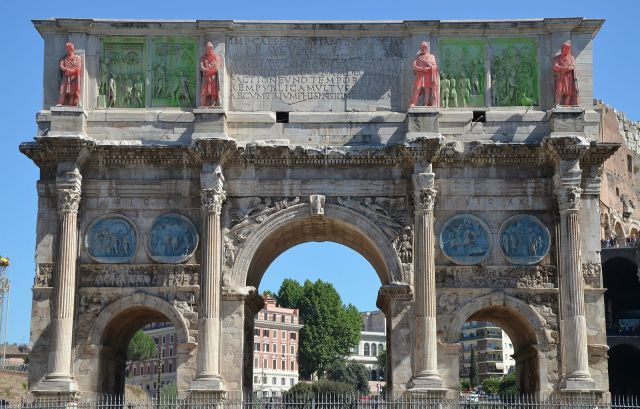Color coding showing likely sources of spolia used in the arch: Red: Trajan Blue: Hadrian Green: Marcus Aurelius