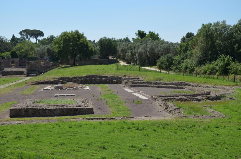 View of the remains of the Antinoeion at Hadrian's Villa.
